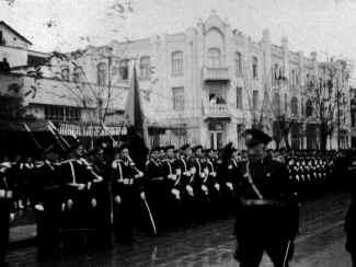Ataturk44.jpg (64258 bytes)
